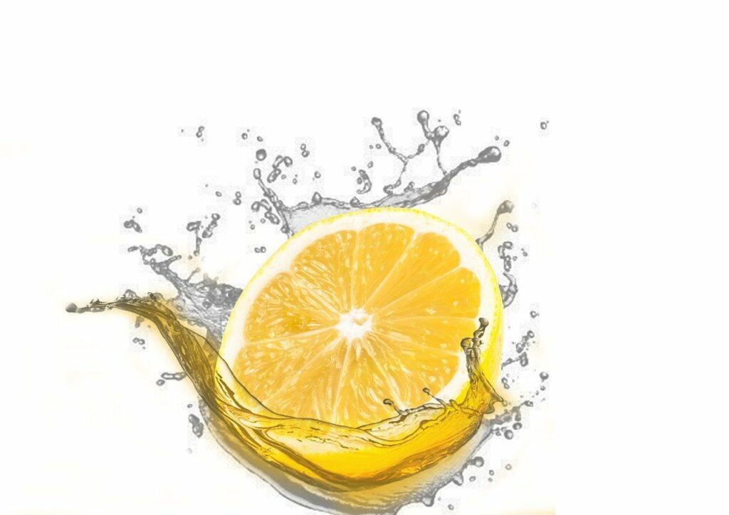 Citron Frais en jus pour se débarrasser rapidement d'une mauvaise haleine à l'aioli